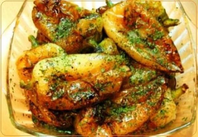 Обалденный перец пролучился. Самый простой рецепт. Необычайно вкусное блюдо - нечто особенное, изысканное, быстрого приготовления. Сэкономьте свое время.