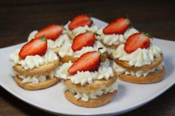 Готовлю этот роскошный десерт всего за 5 минут! Без выпечки и возни!