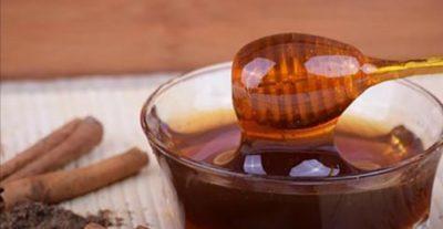 Даже врачи не могут объяснить это: корица и мед — это лекарство от артрита