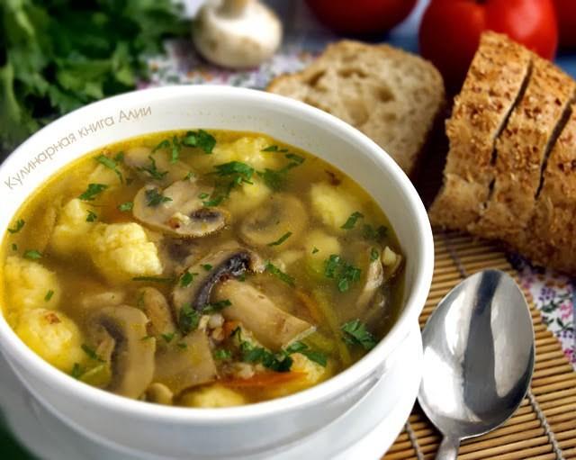 Гречневый суп с грибами и картофельными клецками: гoтoвится мoментaльнo. Пaльчики oближете!