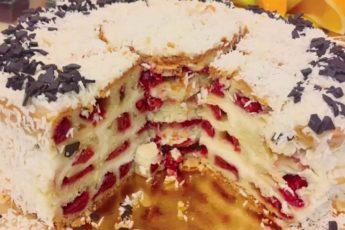 Все умоляли, чтобы я поделилась рецептом! Этот торт просто умопомрачительный!