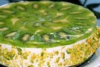70-летняя полька научила делать обалденный творожный торт с киви без выпечки. Записывйте проверенный рецепт